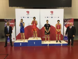 Podium du Championnat de France Sanda Junior -65kg avec Luca sur la plus haute marche
